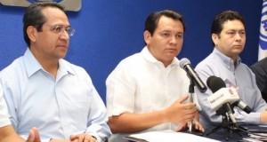 """Huacho y Hugo """"mandan al diablo"""" a Felipe Calderón"""