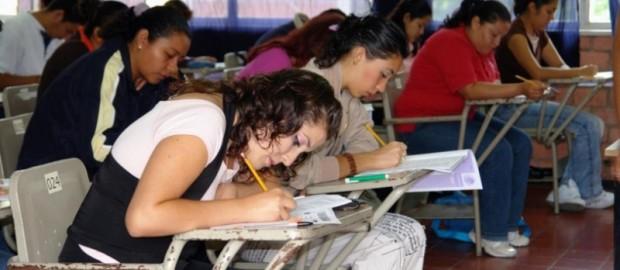 Si habrán despidos en nueva ley del servicio profesional docente