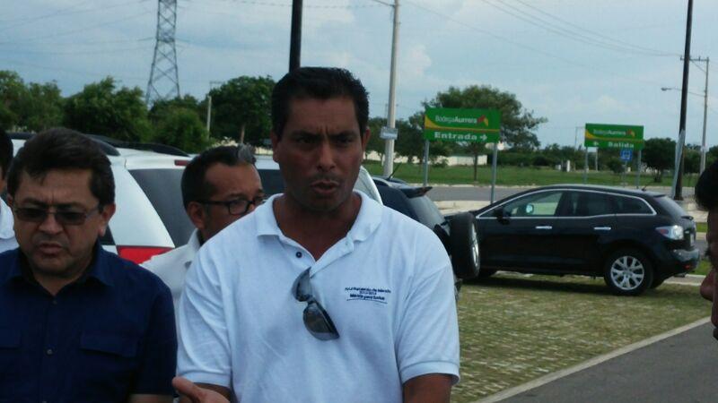 Obligan a trabajadores del AyuntaMérida a trabajar en la campaña de Vila