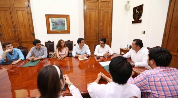 Reconocen a estudiantes Maristas por trabajo en Derechos Humanos