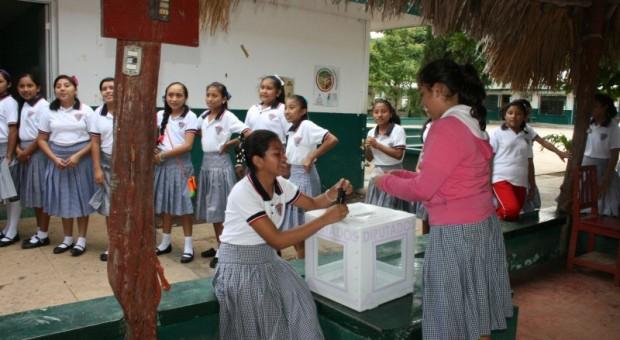 """El IEPAC organiza """"Elecciones estudiantile"""" en Mérida e interior de Estado"""