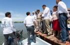 Gobernador entrega 185 motores  marinos, 165 embarcaciones a pescadores yucatecos