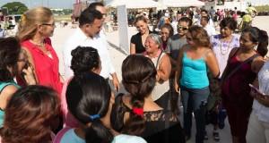 Gobernador RZB anuncia a vecinos de Mérida, el Programa Pintando tu Bienestar