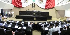 El Congreso de Yucatán se solidariza con los familiares de los normalista desaparecidos