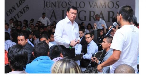 Pedí a Aguirre que vigilaran a Abarca para que no se les fuera a ir: Osorio Chong