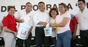 """Encabeza RZB tercera entrega del programa """"Pintando tu bienestar"""""""