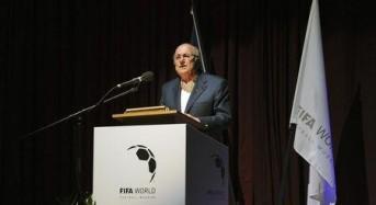 Presidentes de Francia y Alemania intentaron influir en elección de Mundial: Blatter